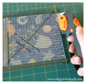 Cutting Chain Stitching - Window Pane Quilt